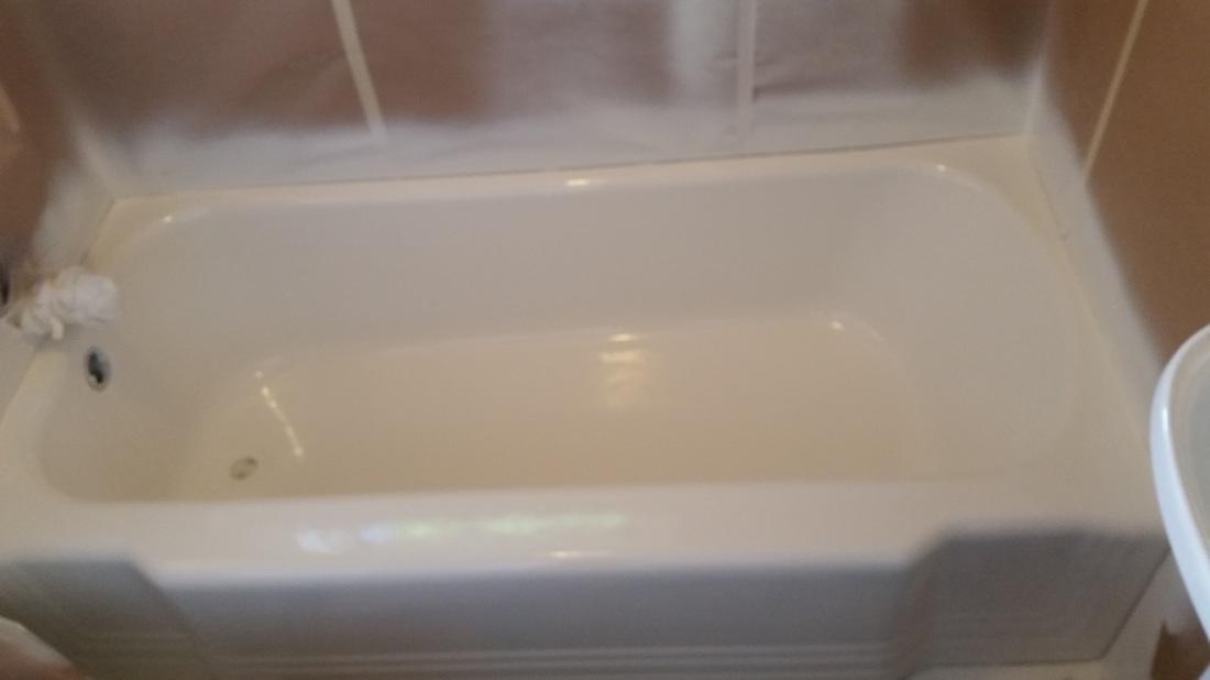 Bath Tub Tile Refinishing | Springfield MA - Refinishing Wizards